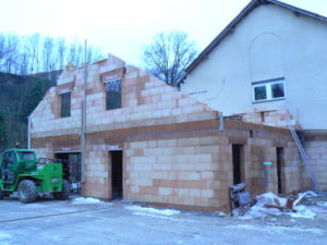 Construction d'une maison en brique Porotherm GF R20 TH+